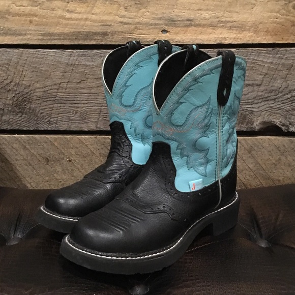 Brand new teal & black Justin Boots Gypsy size 7.5 NWT
